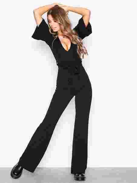b6479ce800e5 Plunge Kimono Sleeve Jumpsuit - Missguided - Black - Jumpsuits ...