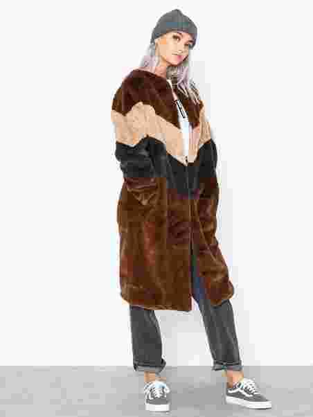 b24b37b2 Longline Colour Block Faux Fur Coat - Missguided - Chocolate ...