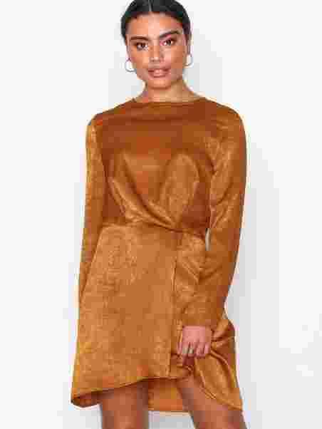 ddb7254bda7c Long Sleeve Wrap Dress - Missguided - Brown - Dresses - Clothing ...