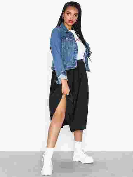 05cc86419ee Shoppa Kambria Skirt - Online Hos Nelly.com