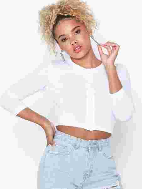3cec07d75 Button Long Sleeve Crop Top - Missguided - White - Tops - Clothing ...