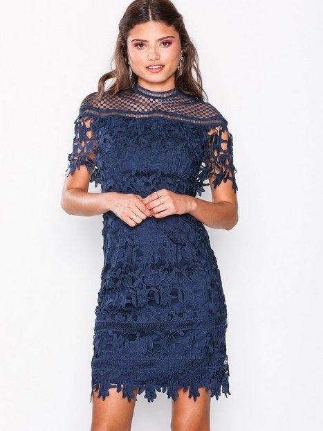 Billede af Chi Chi London Sassi Dress Tætsiddende kjoler Navy