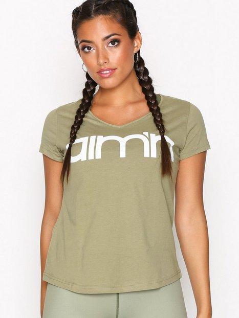 Billede af Aim'n Green Tribe Logo T-Shirt Top Kortærmet Grøn