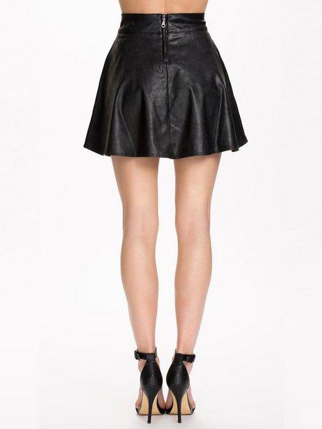 Even Cooler Short Skirt