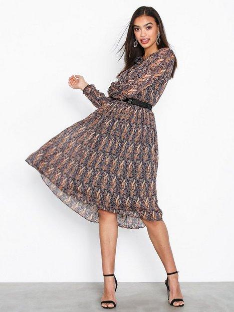 Billede af Neo Noir Addison Printed Dress Langærmede kjoler