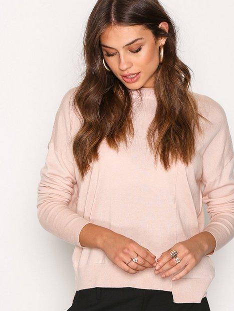 Billede af Filippa K Asymmetric Drapey Pullover Strikket trøje Blush