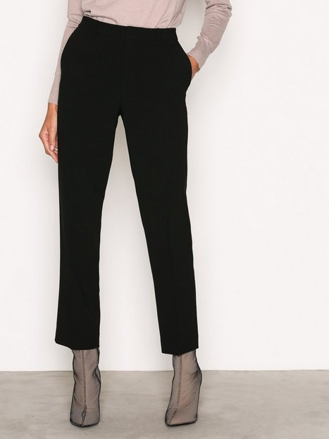 Filippa K Louie Cropped Pant Chinos Black thumbnail