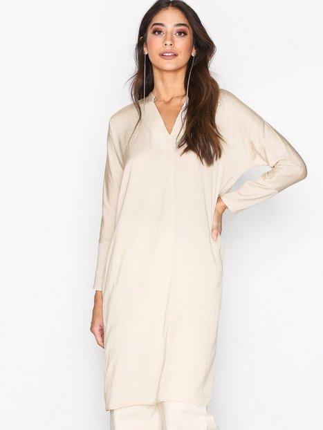 Billede af Filippa K Drapey Tunic Dress Loose fit dresses Bone