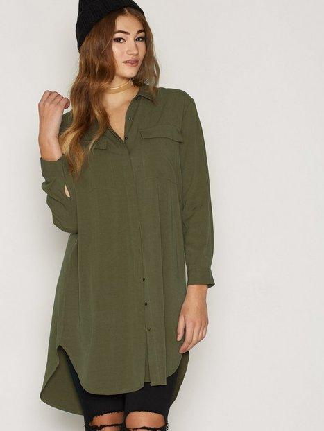 Billede af Maison Scotch Longer Length Shirt Dress Loose fit dresses Green