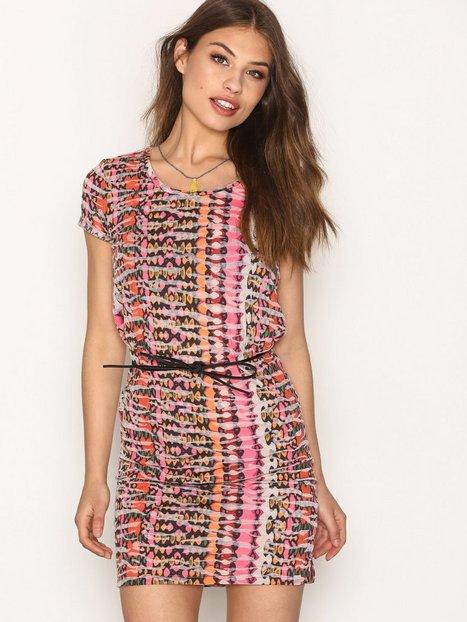 Billede af Maison Scotch Straight Fit Tee Dress Loose fit dresses Mønstret