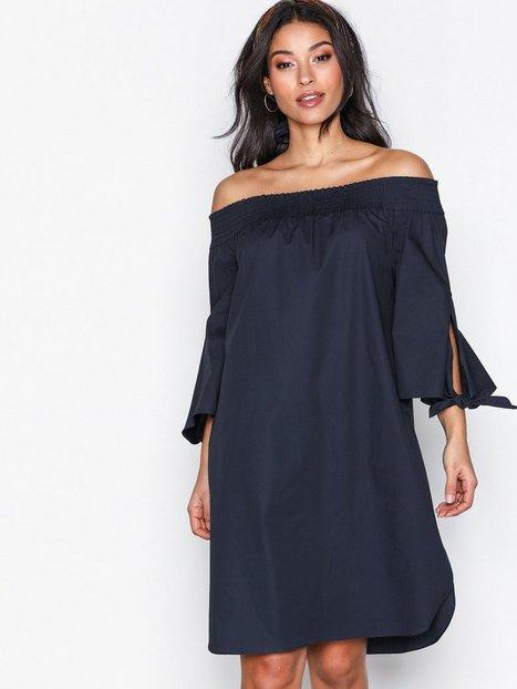 Billede af Maison Scotch Off Shoulder Dress Loose fit dresses Night