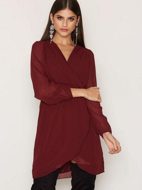 Billede af Ax Paris Plain Chiffon Wrap Dress Loose fit Wine