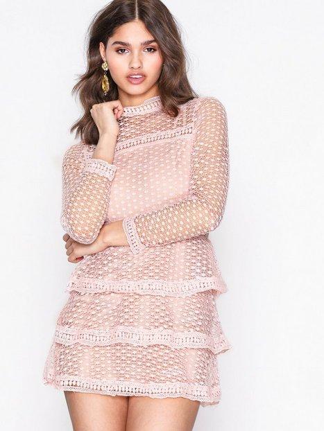 Billede af Ax Paris High Neck Flounce Skater Dress Tætsiddende kjoler Pink