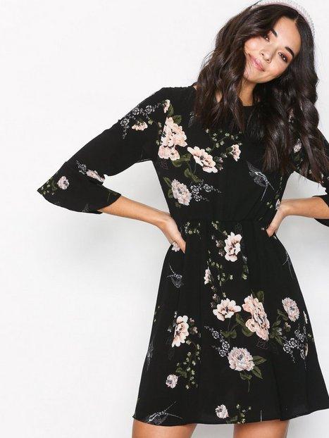 Billede af Ax Paris Floral Flounce Dress Langærmet kjole Black