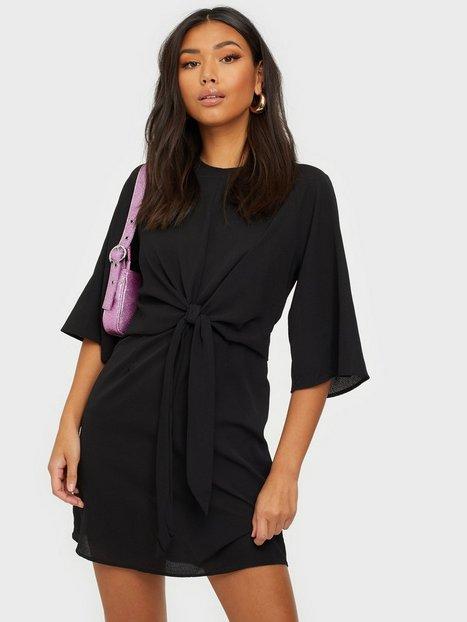 Billede af Ax Paris Knot Front Dress Tætsiddende kjoler