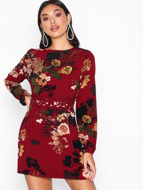 Billede af Ax Paris Long Sleeve Floral Dress Skater kjoler