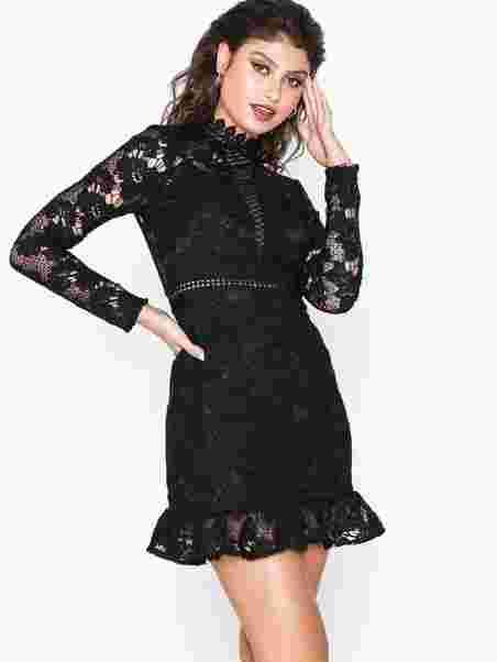 Shoppa Long Sleeve Lace Skater D - Online Hos Nelly.com e1567ea92df17