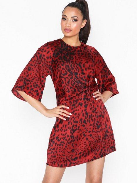 Billede af Ax Paris Mid Sleeve Knot Dress Loose fit