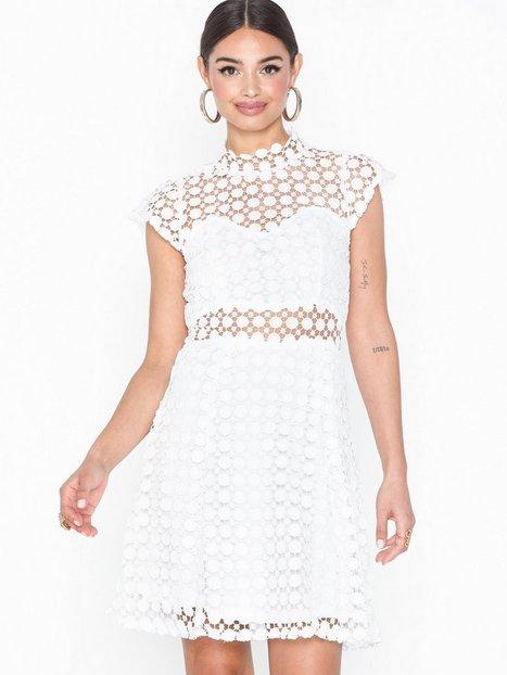 Billede af Ax Paris Short Sleeve Lace Dress Loose fit