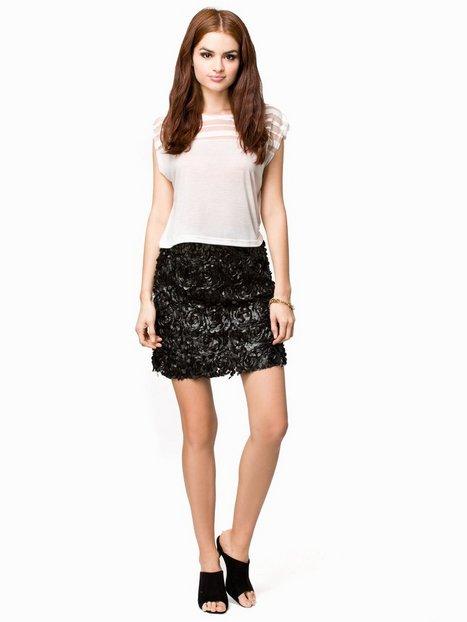 Billede af Club L 3D Floral Skater Skirt Midi Nederdel Sort