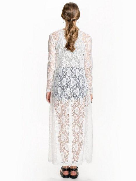 Detailed Lace Fringe Kimono