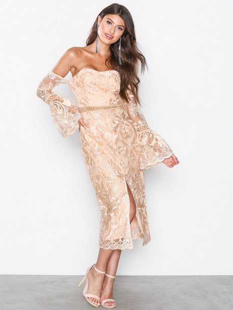 Billede af True Decadence Drop Sleeve Dress Kropsnære kjoler Peach