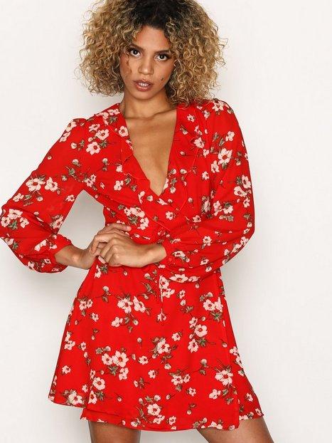 Billede af Glamorous Blossom Dream Dress Skater dresses Red