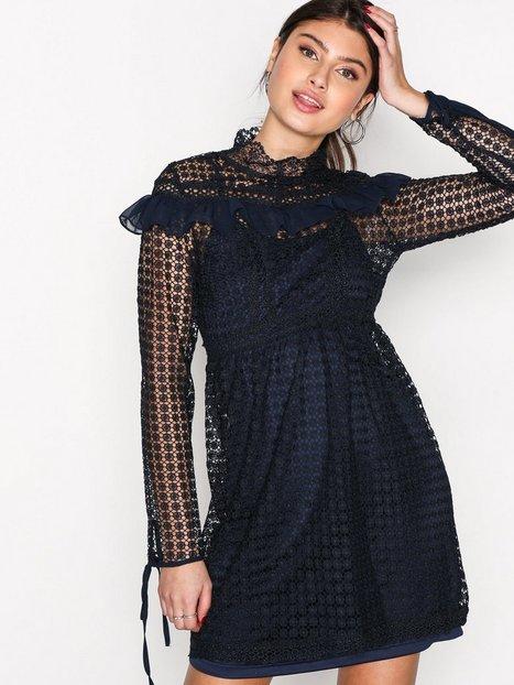 Billede af True Decadence High Lace Neck Dress Kropsnære kjoler Marine