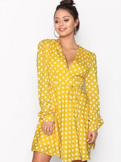 Bild på Glamorous Long Sleeve Flounce Dress Långärmade klänningar Yellow 5c315bfadbb36