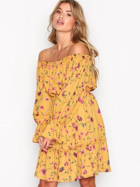 Billede af Glamorous Bardot Frill Dress Loose fit dresses Mustard