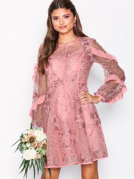 Billede af True Decadence Floral Lace Dress Kropsnære kjoler Dusty Pink