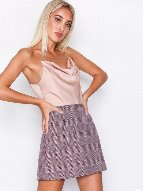 Billede af Glamorous A-line Check Skirt Mini nederdele Burgundy