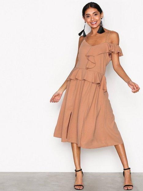 Billede af Aéryne Mila Dress Kropsnære kjoler Mauve