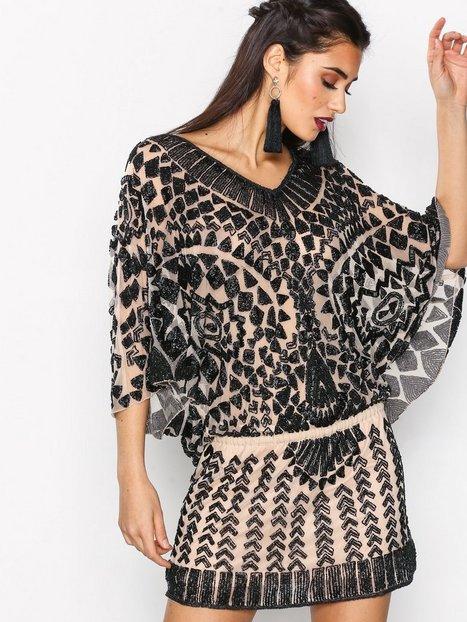 Billede af Forever Unique Sharla Dress Kropsnære kjoler Black