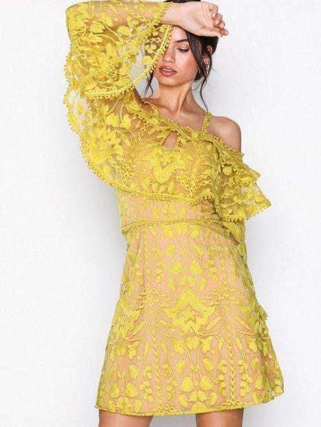 Billede af U Collection Cold Shoulder Dress Skater dresses Yellow