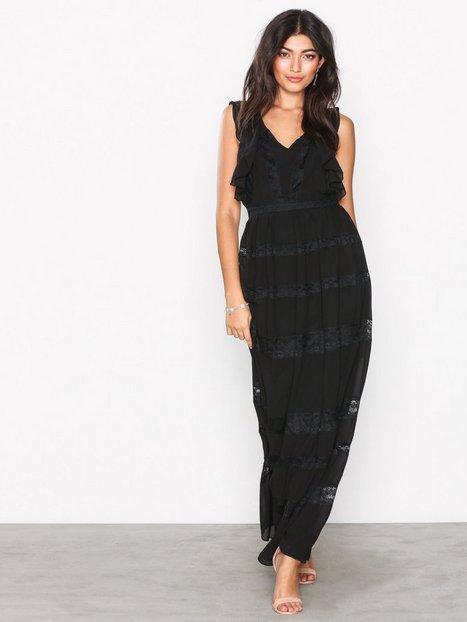 TFNC Claiborne Maxi Dress Maksimekot Musta thumbnail
