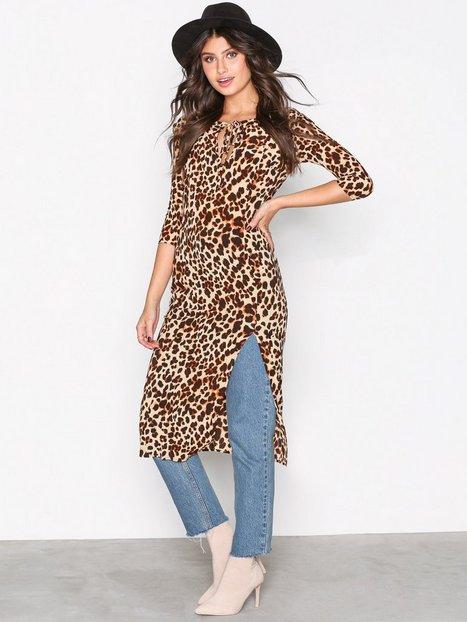 Billede af For Love & Lemons Leo Midi Dress Kropsnære kjoler Cheetah, Gold, Black, Silver