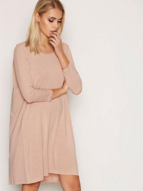 Billede af Elvine Dagny Crepe Jersey Dress Loose fit dresses Rose