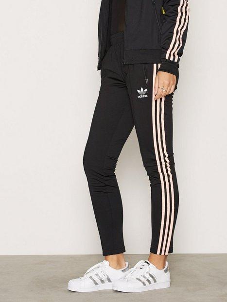 Billede af Adidas Originals Sst Tp Bukser & Shorts Sort