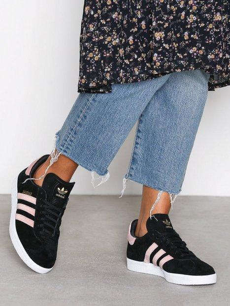 Billede af Adidas Originals Gazelle W Low Top Sort/lyserød