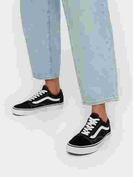 4c6c736b424fea Ua Old Skool - Vans - Black White - Sneakers - Shoes - Women - Nelly.com