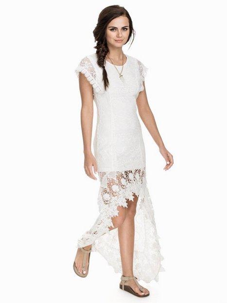 Billede af NLY ICONS Long Back Lace Dress Kropsnære kjoler Hvid
