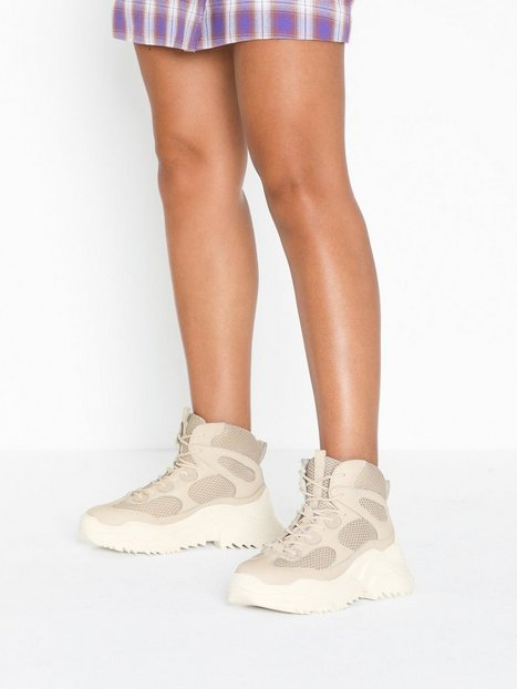 sports shoes 8293c ad566 Jeffrey Campbell Pyro