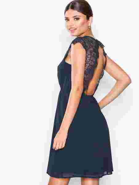 8e7a5a87414d Shoppa Gimle Dress - Online Hos Nelly.com