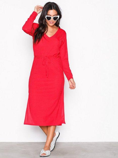 Billede af Sisters Point Can Dress Langærmede kjoler Red