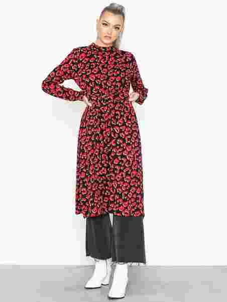 bd0c3409f049 Nag Dress - Sisters Point - Black Red - Dresses - Clothing - Women ...