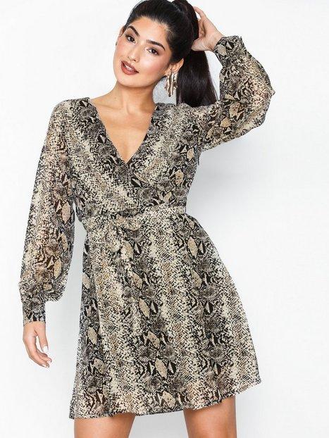 Billede af Sisters Point Gerdo Dress Loose fit