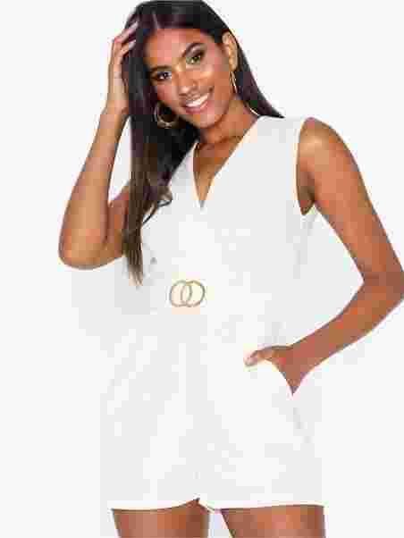 4bd0889e1ad Gram Playsuit 8 - Sisters Point - Cream/Black - Jumpsuits - Tøj ...