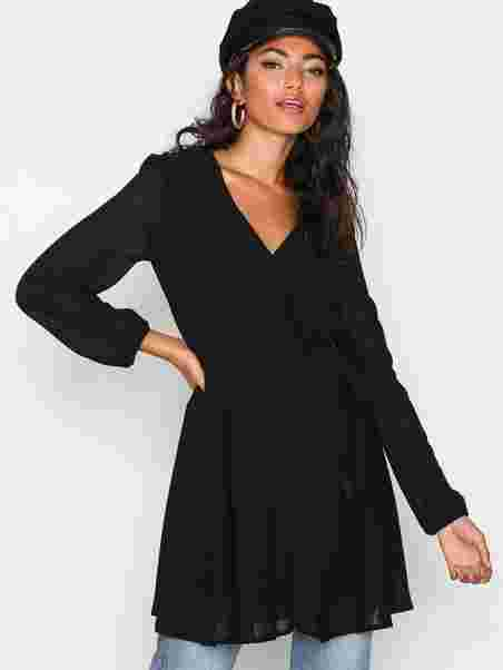 ff5ecd65be38 Shoppa Wrapped Dress - Online Hos Nelly.com