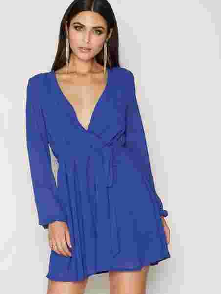 ff5ecd65be38 Shoppa Wrapped Dress - Online Hos Nelly.com